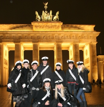 Franchise Partner aus Deutschland Berling vorm Brandenburger Tor